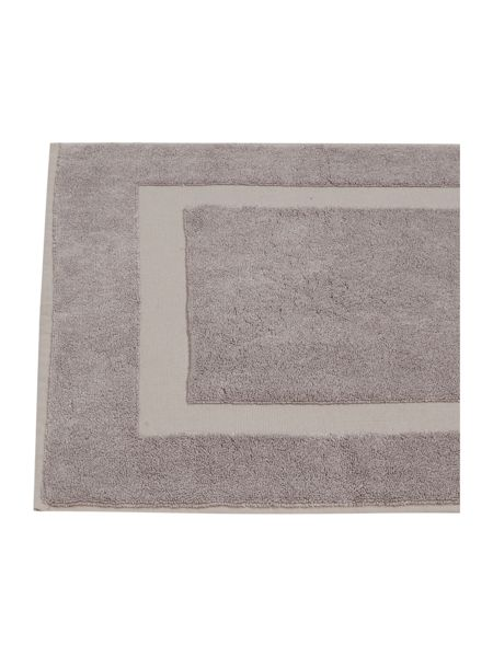 Luxury Hotel Collection Cotton Modal 1000gsm bath mat in amethyst