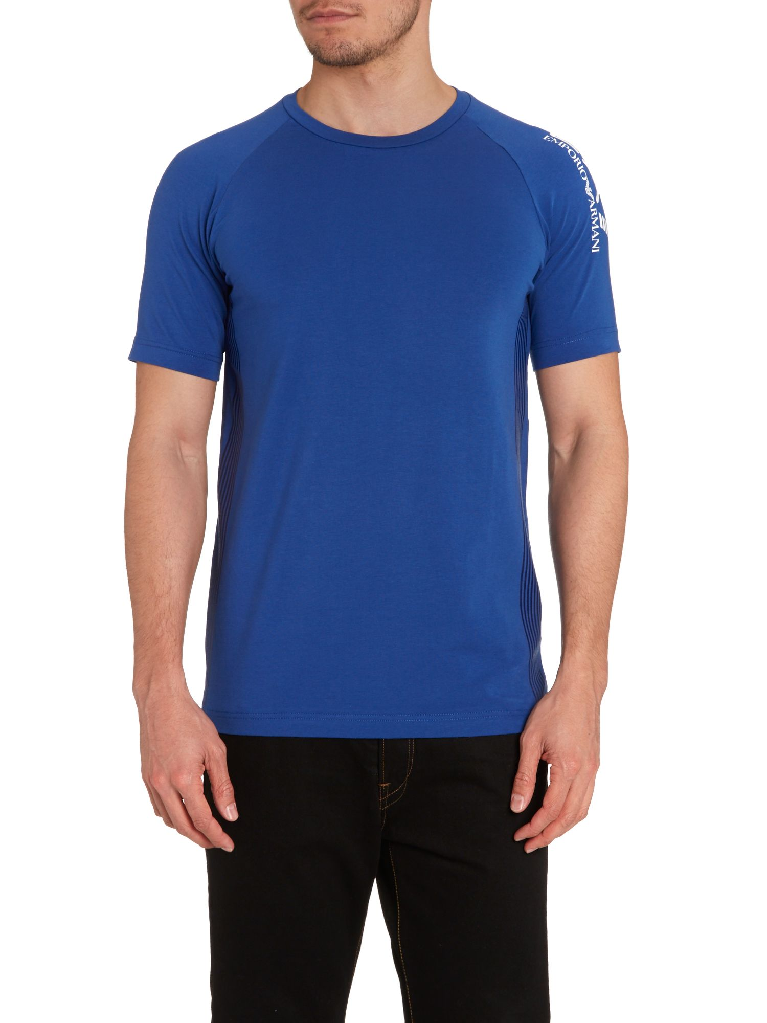 Crew neck train core arm logo t-shirt