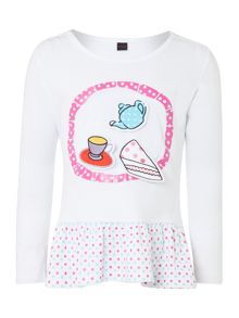 Girl`s tea and cake sticker t-shirt