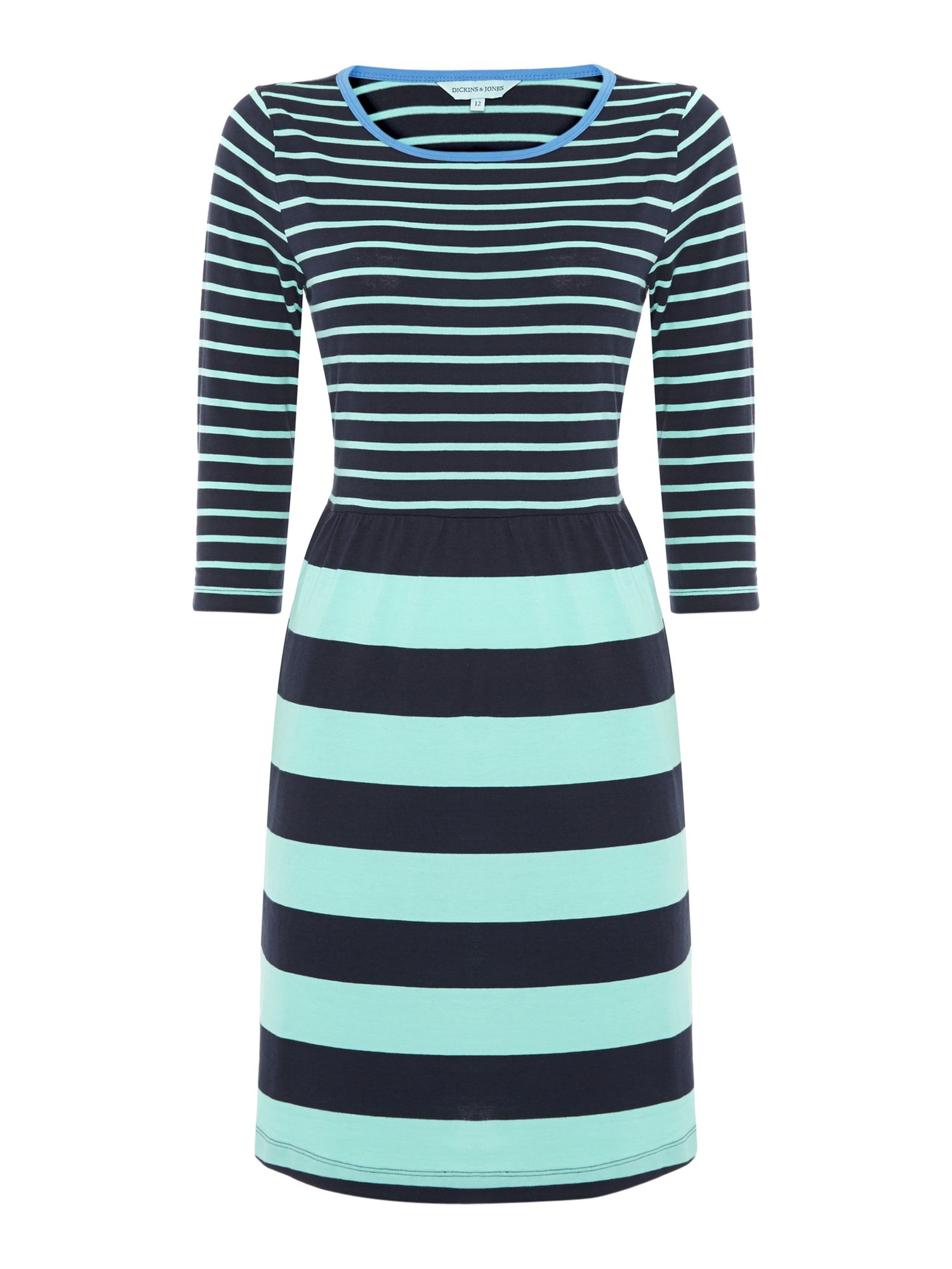 Stripe dress with 3/4 sleeves
