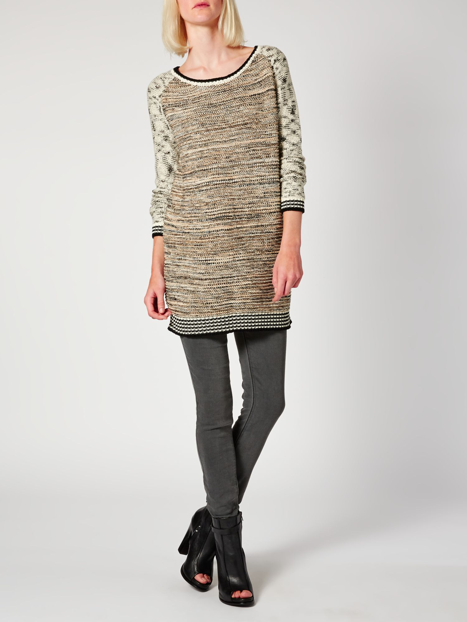 Contrast sleeve textured knit jumper