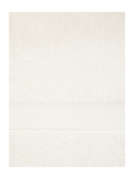 Luxury Hotel Collection Bath Sheet in Cream