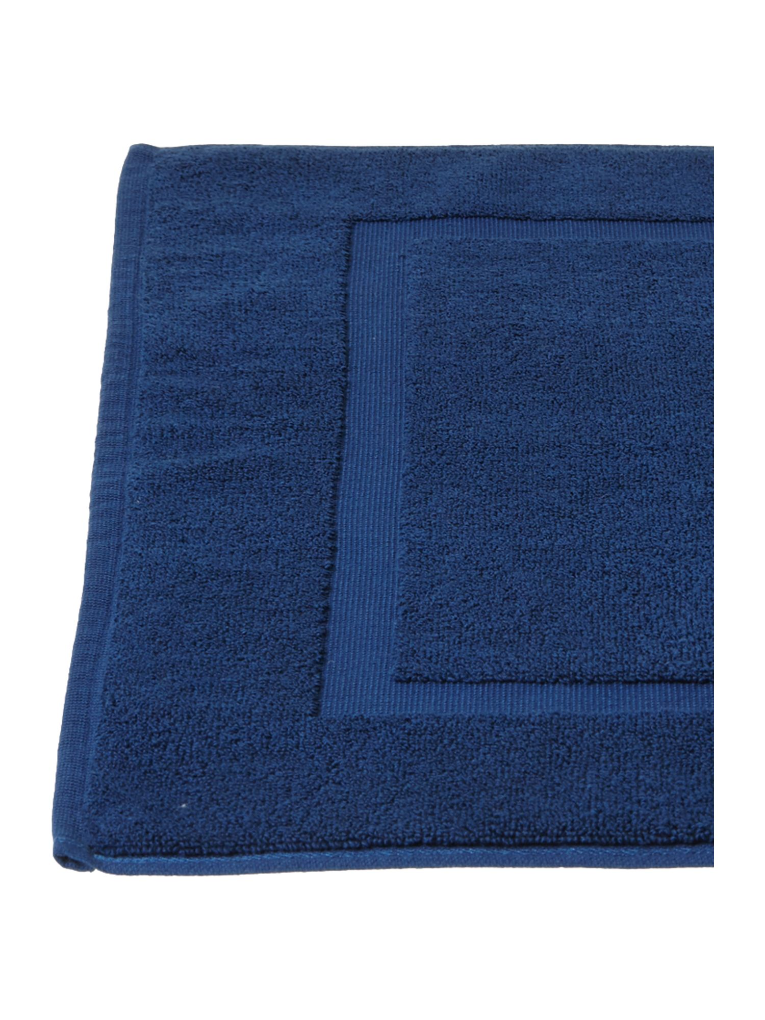 Zero Twist bath mat in navy
