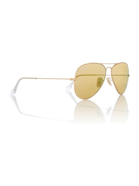 Ray-Ban Men`s aviator sunglasses