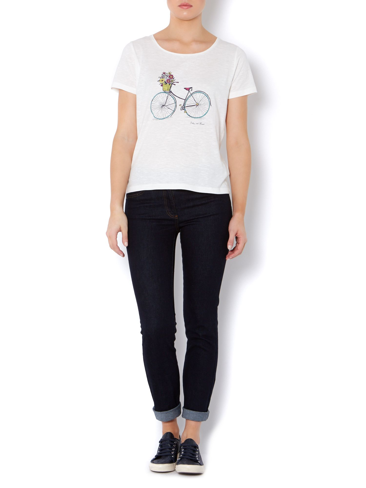 Bicycle placement tee