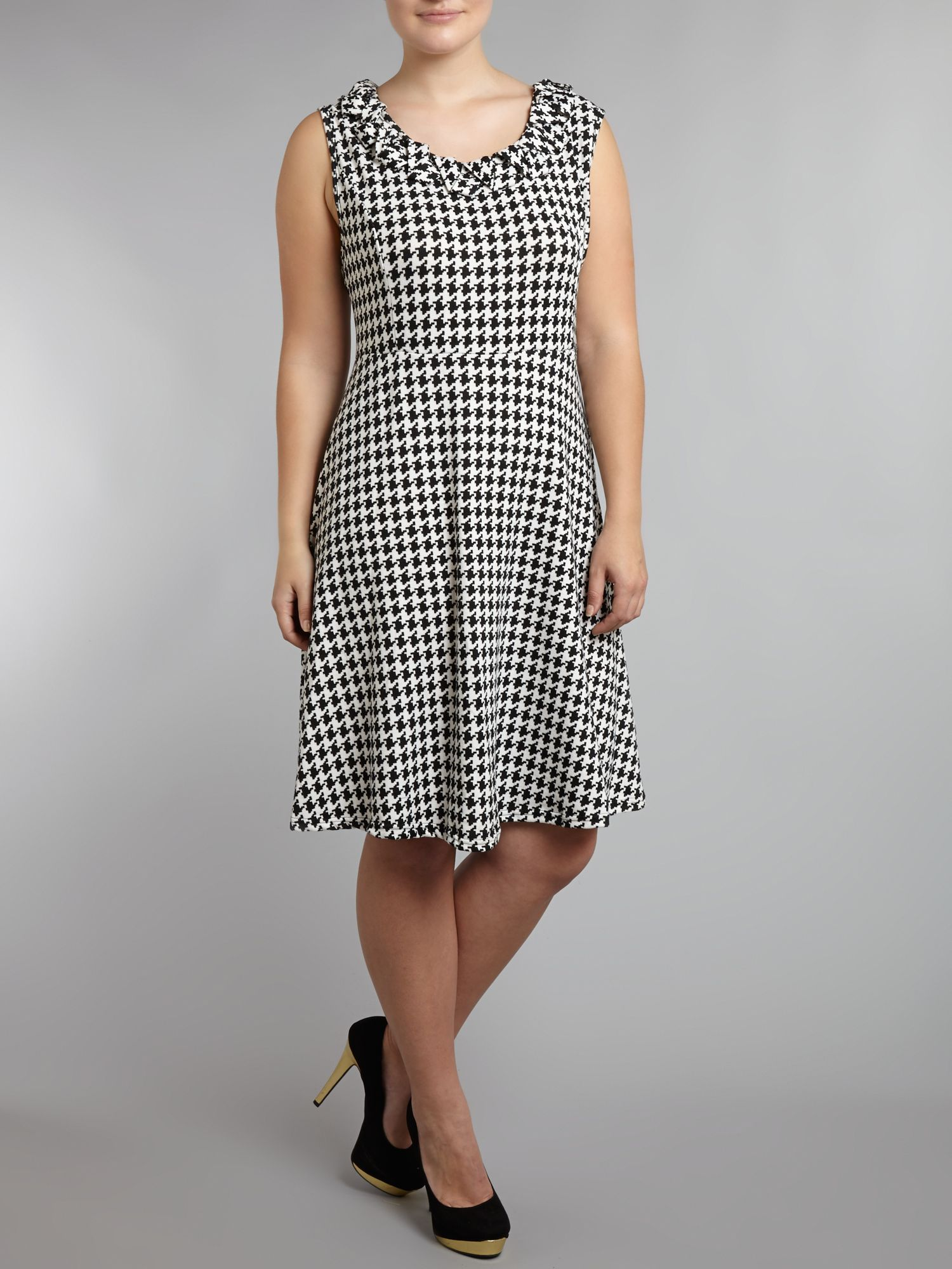 Zigzag collar houndstooth midi dress