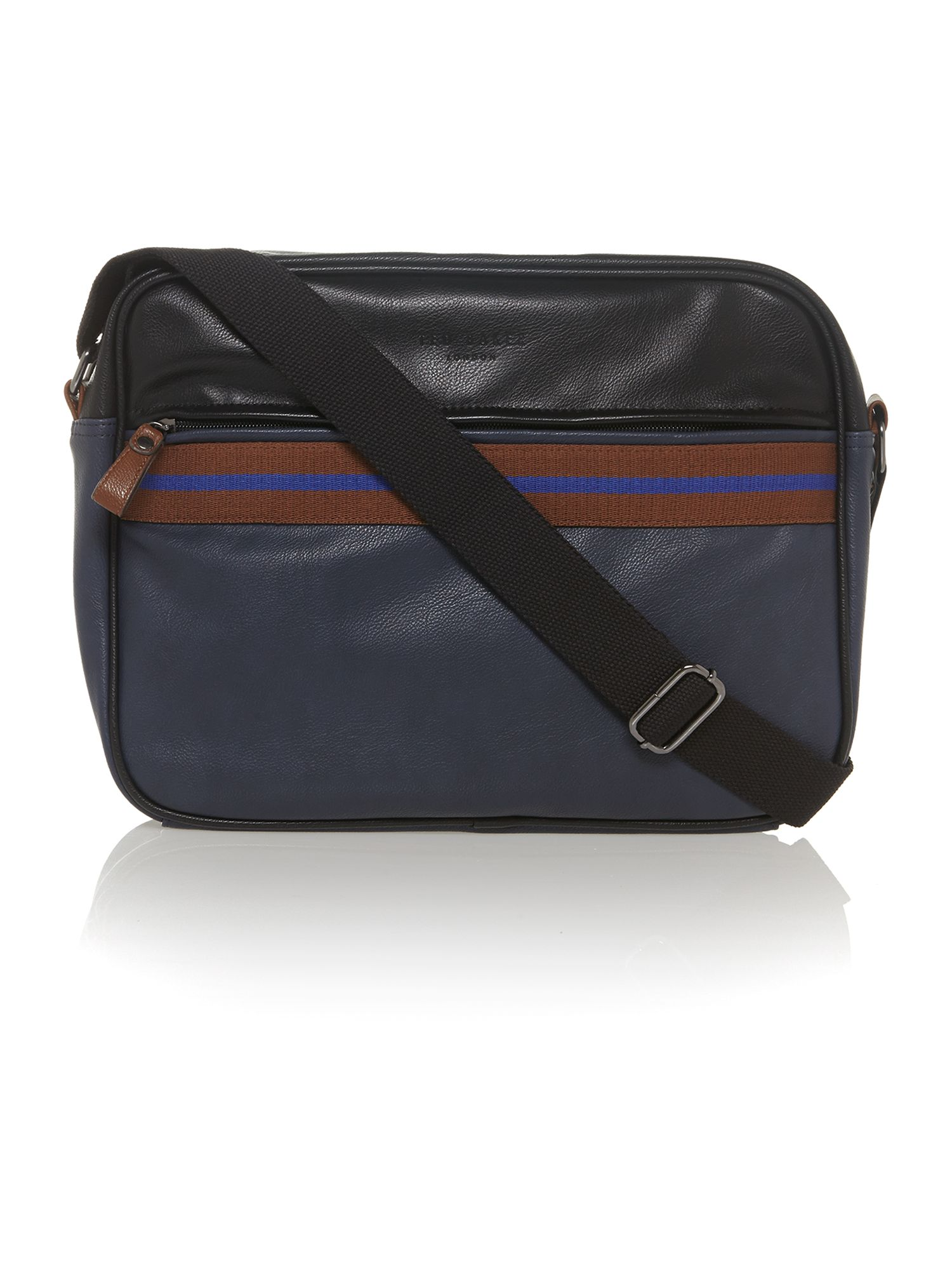 Core messenger bag
