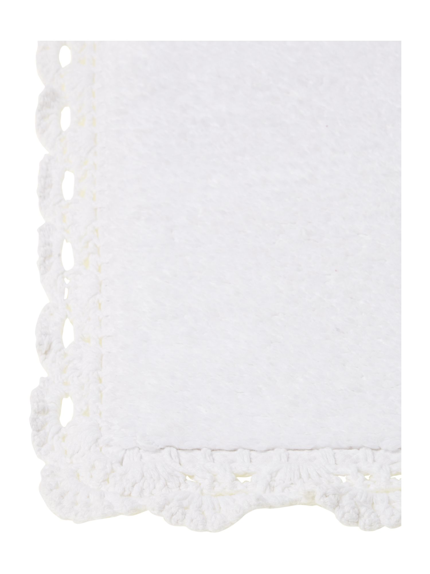 REVERSIBLE LACE EDGE BATH MAT