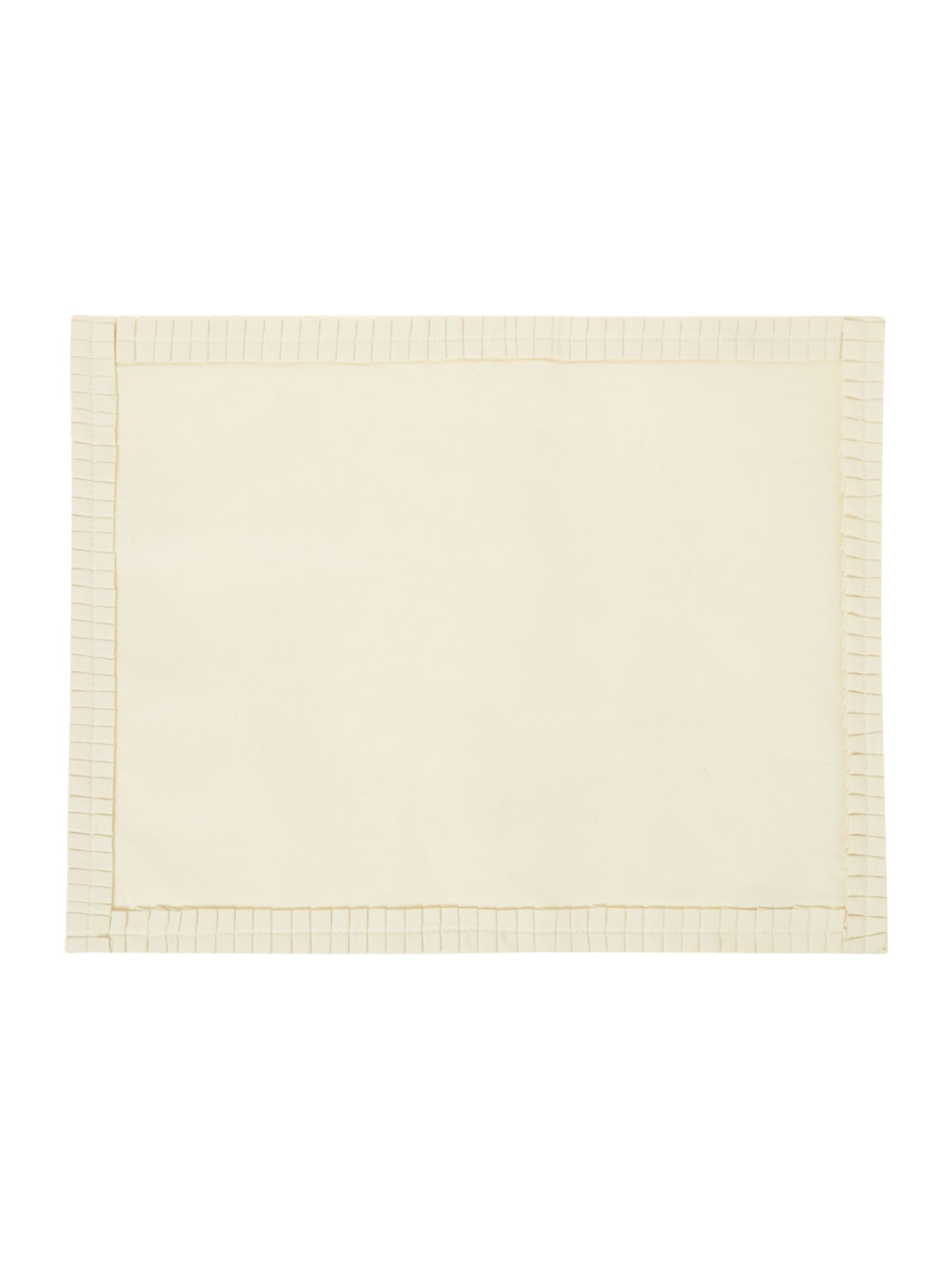 Cream pleats placemat