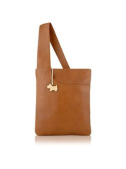 Tan medium pocket bag
