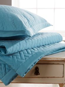 Christy Trellis throw teal 3