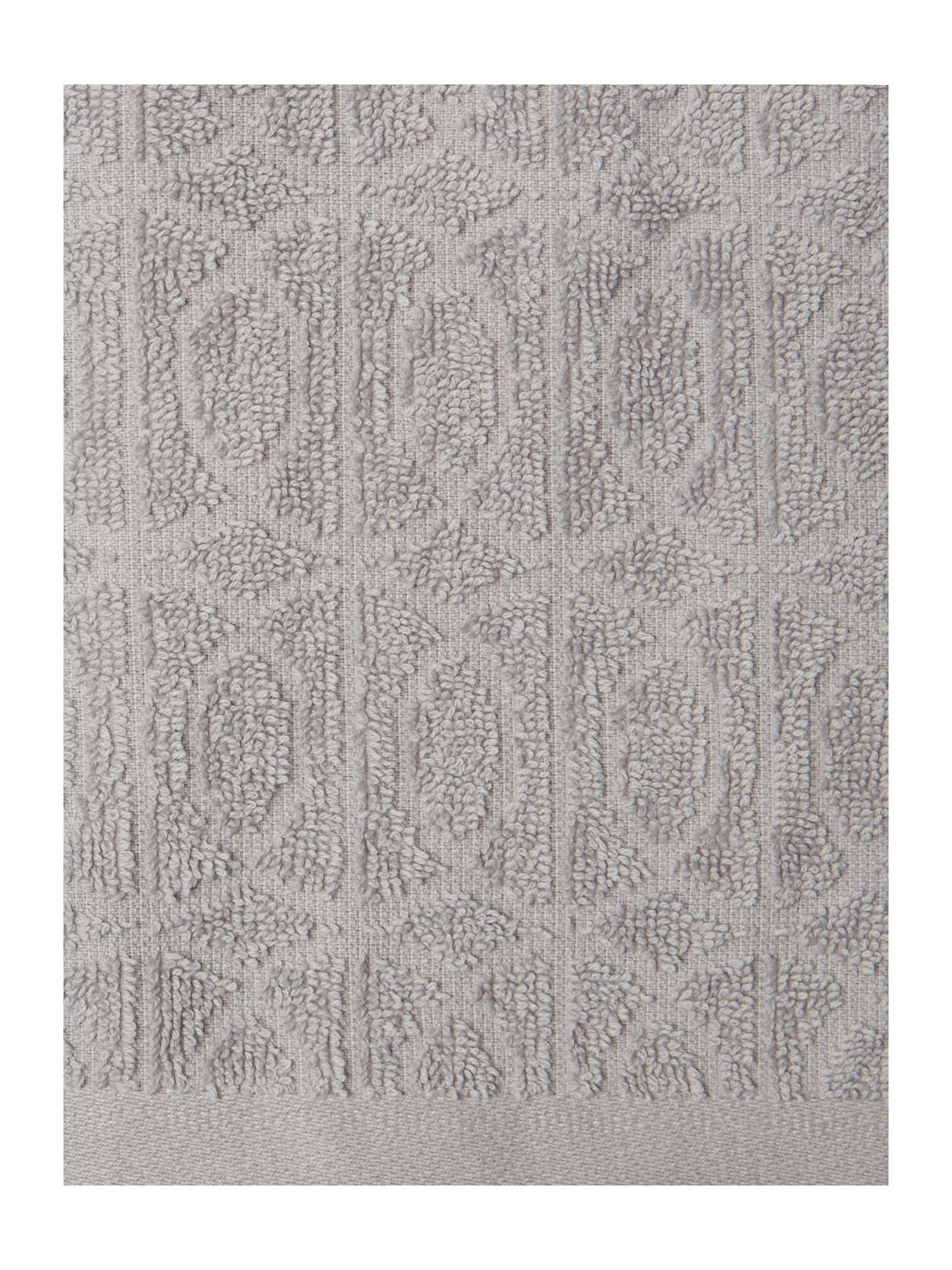 Geometric jaquard set of two hand towels