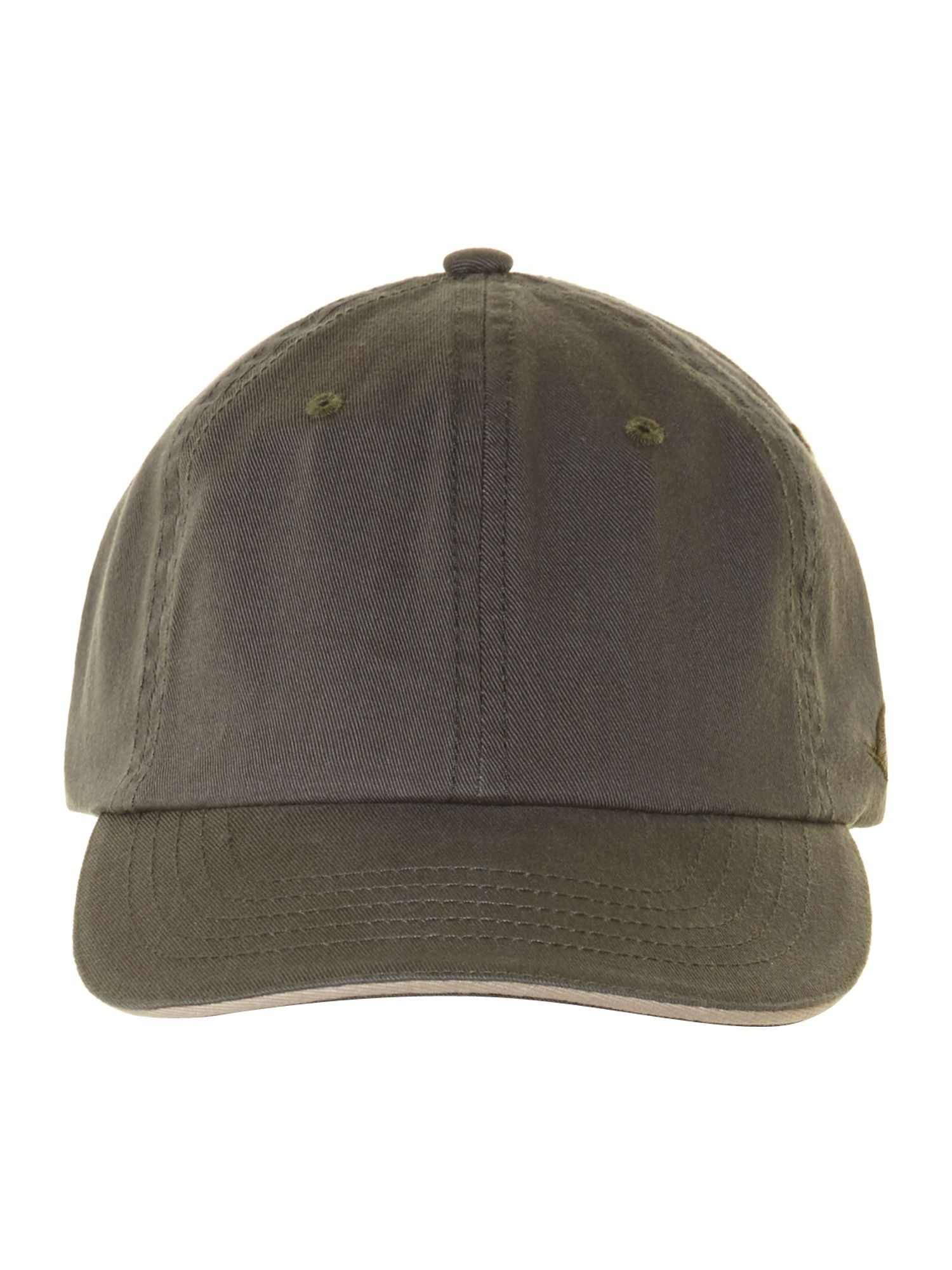 Classic baseball cap with contrast edge