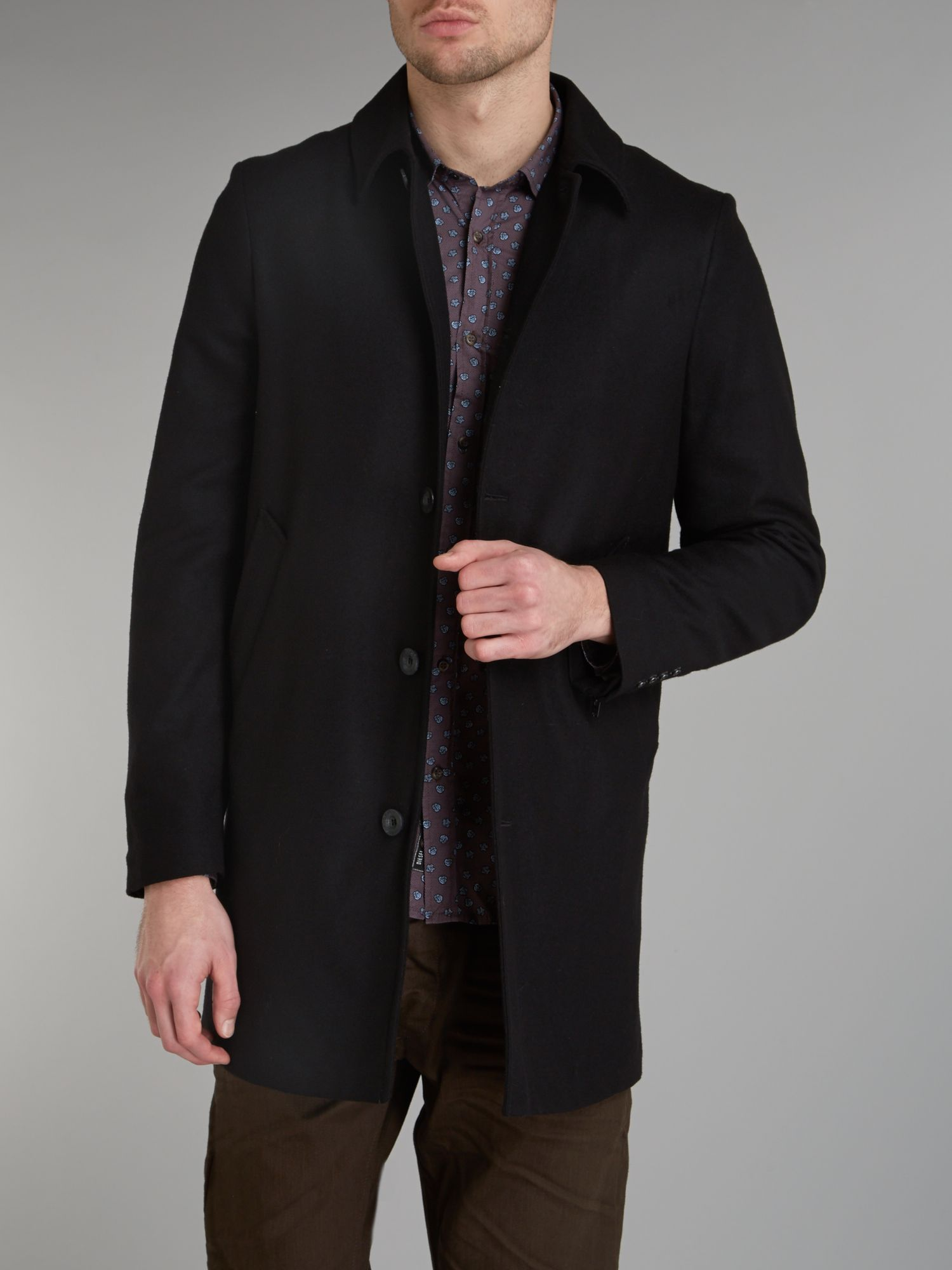 Single breasted three quarter length jacket