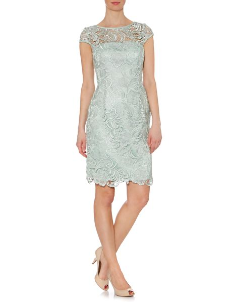 Adrianna Papell Cap Sleeve Grupere Lace