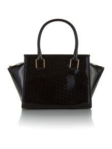 Mediun black quilt tote bag