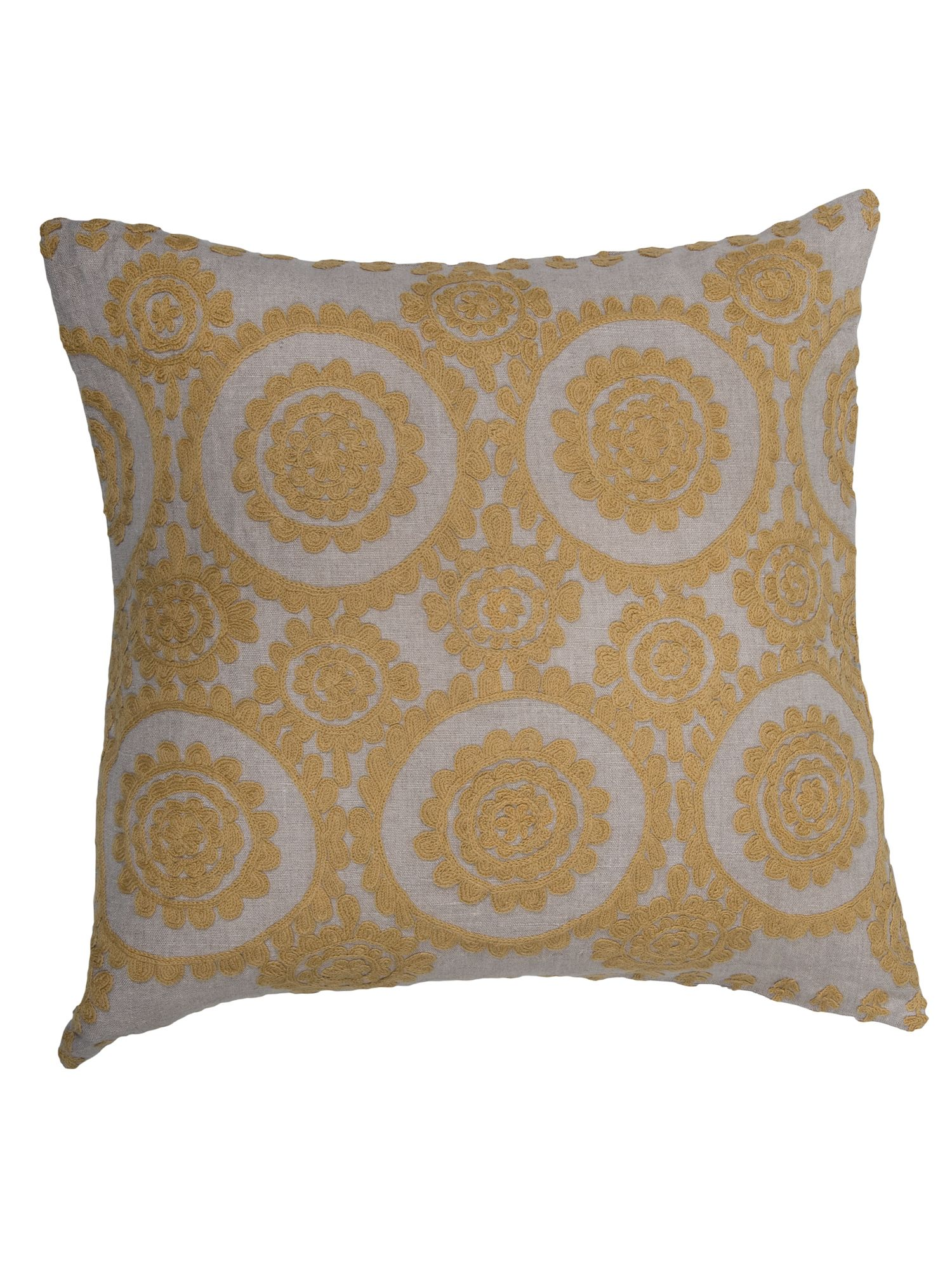 Medina cushion in charteuse 60x60cm