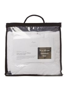 Luxury Hotel Collection Cool & fresh pillow protector pair