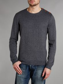 Button shoulder crew knit