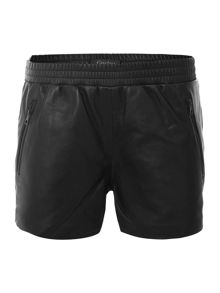 Sporty leather shorts