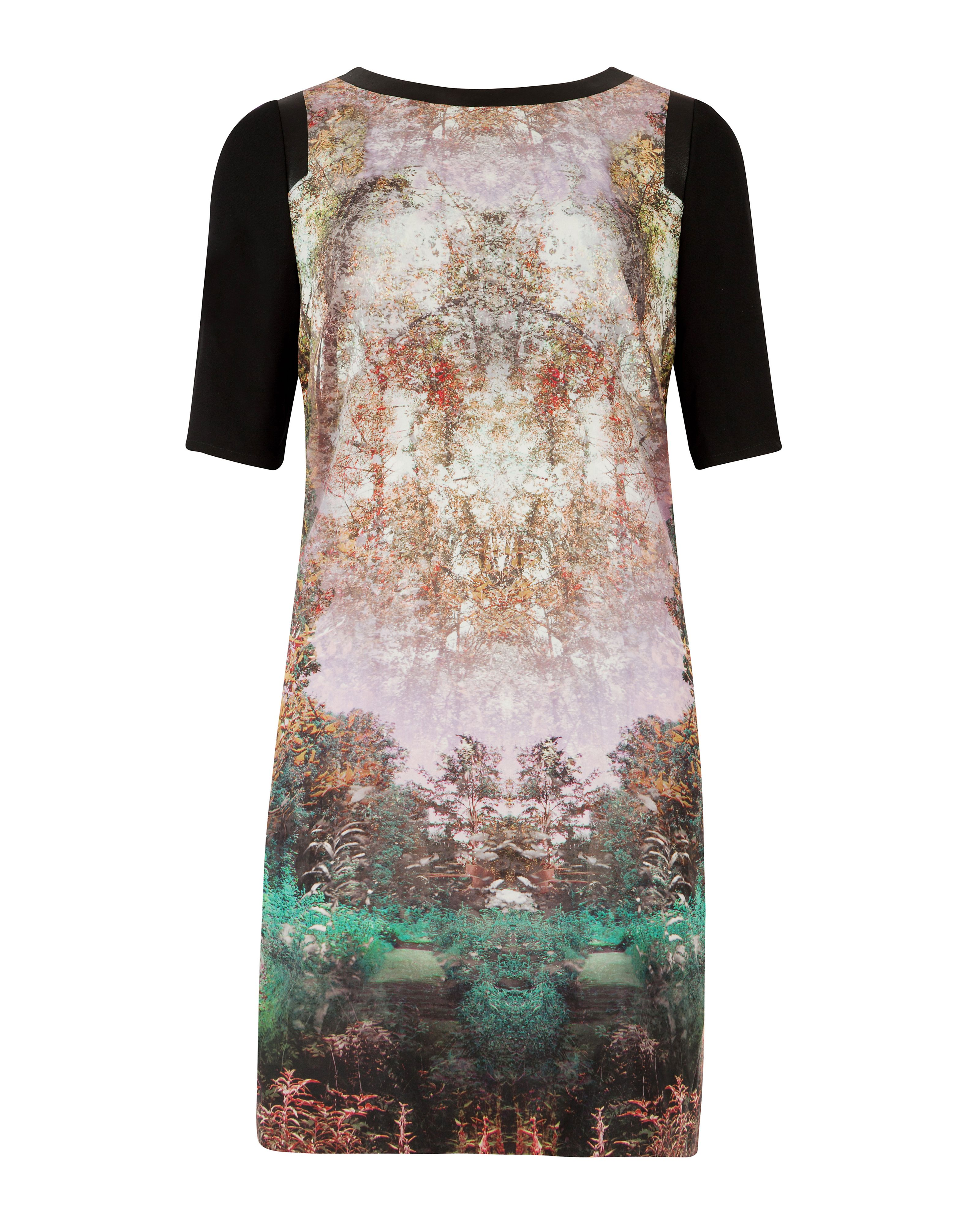 Atheena Magical mystery print dress