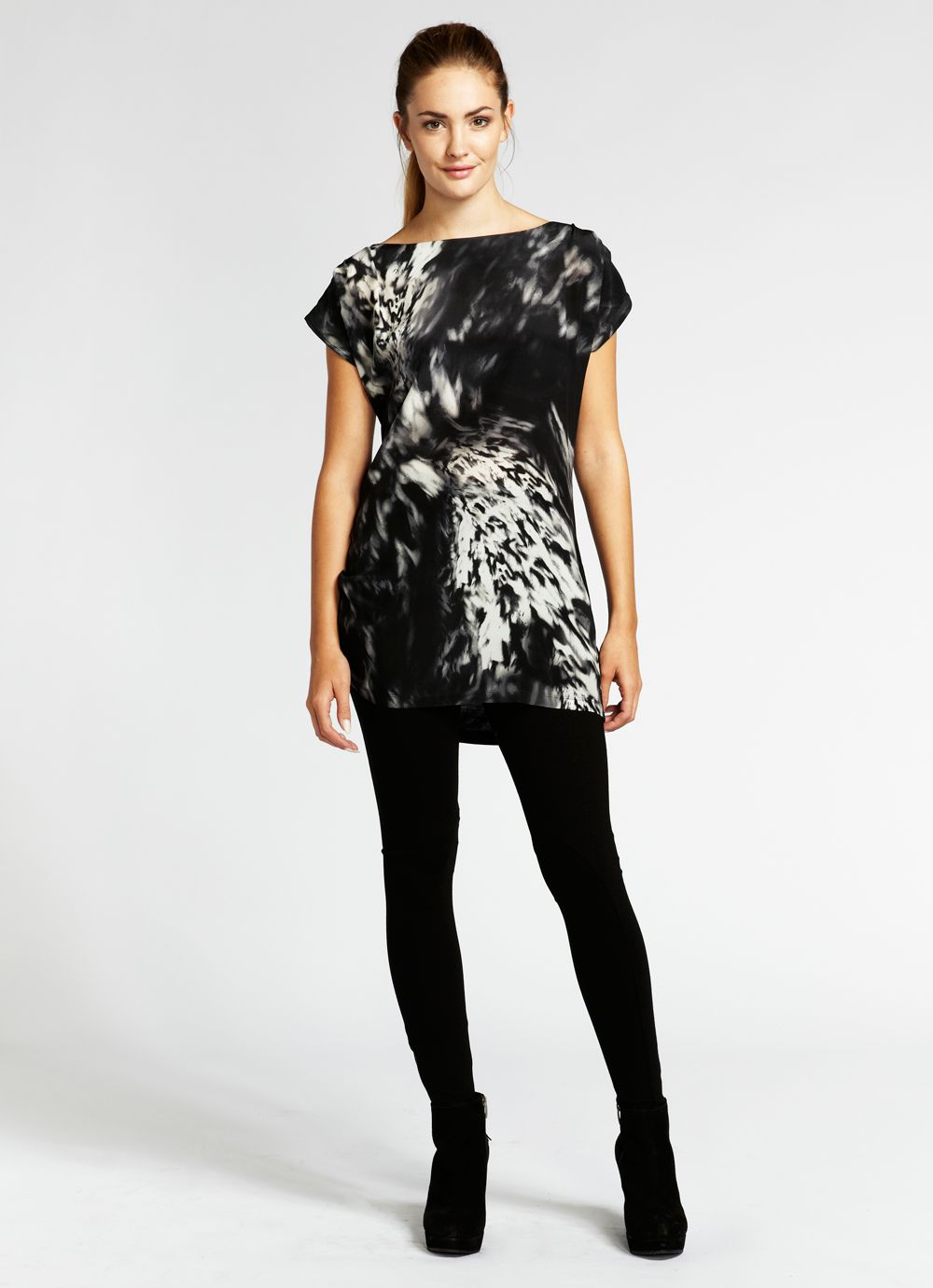 Ava print ruched side tee