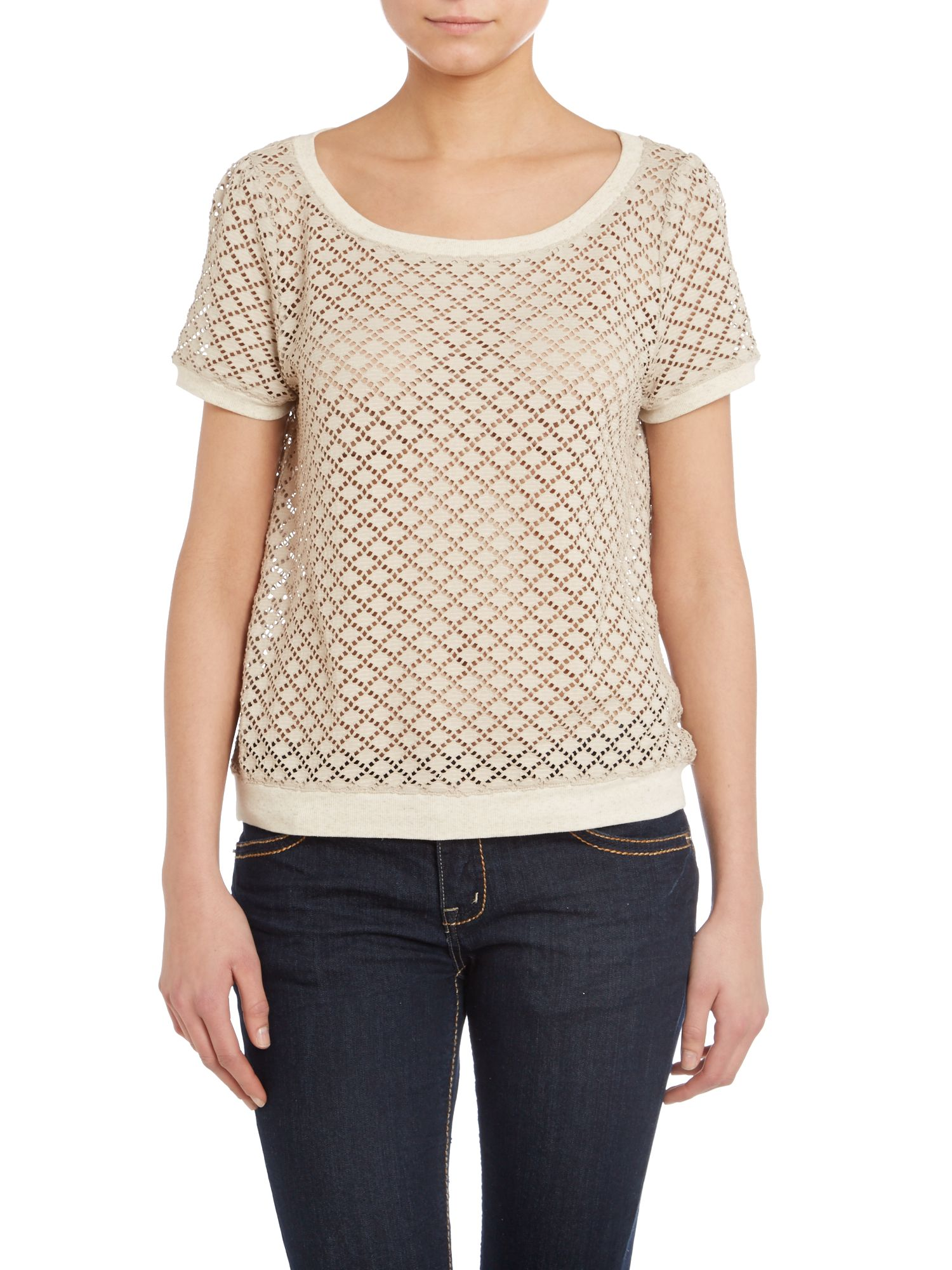 Short sleeve mesh knit top