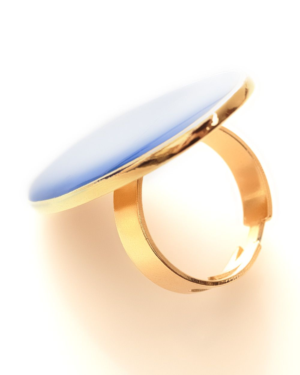 Rita oval enamel ring