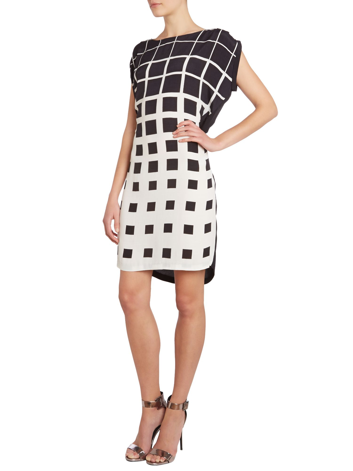 Short sleeve belted geo print dress