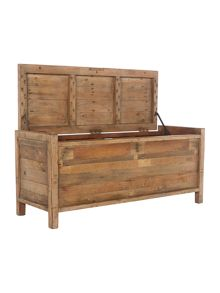 Kennedy blanket box