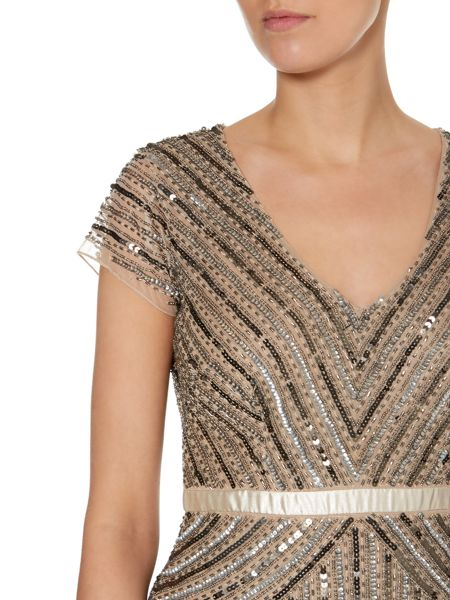 Adrianna Papell Cap sleeve mesh beaded dress