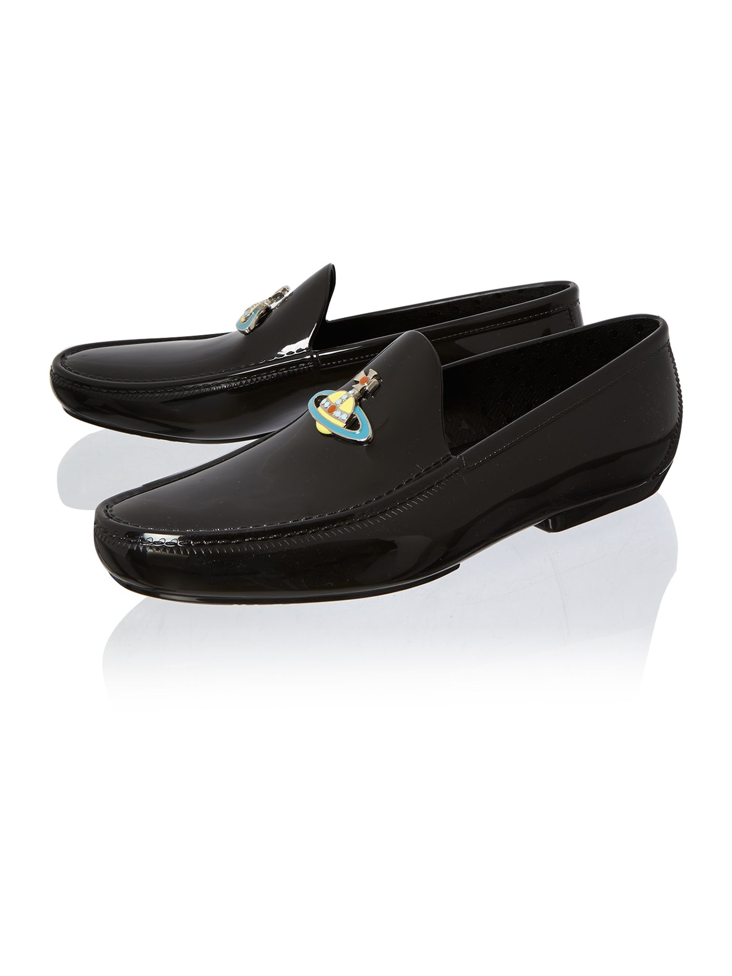 Orb moccasin shoe
