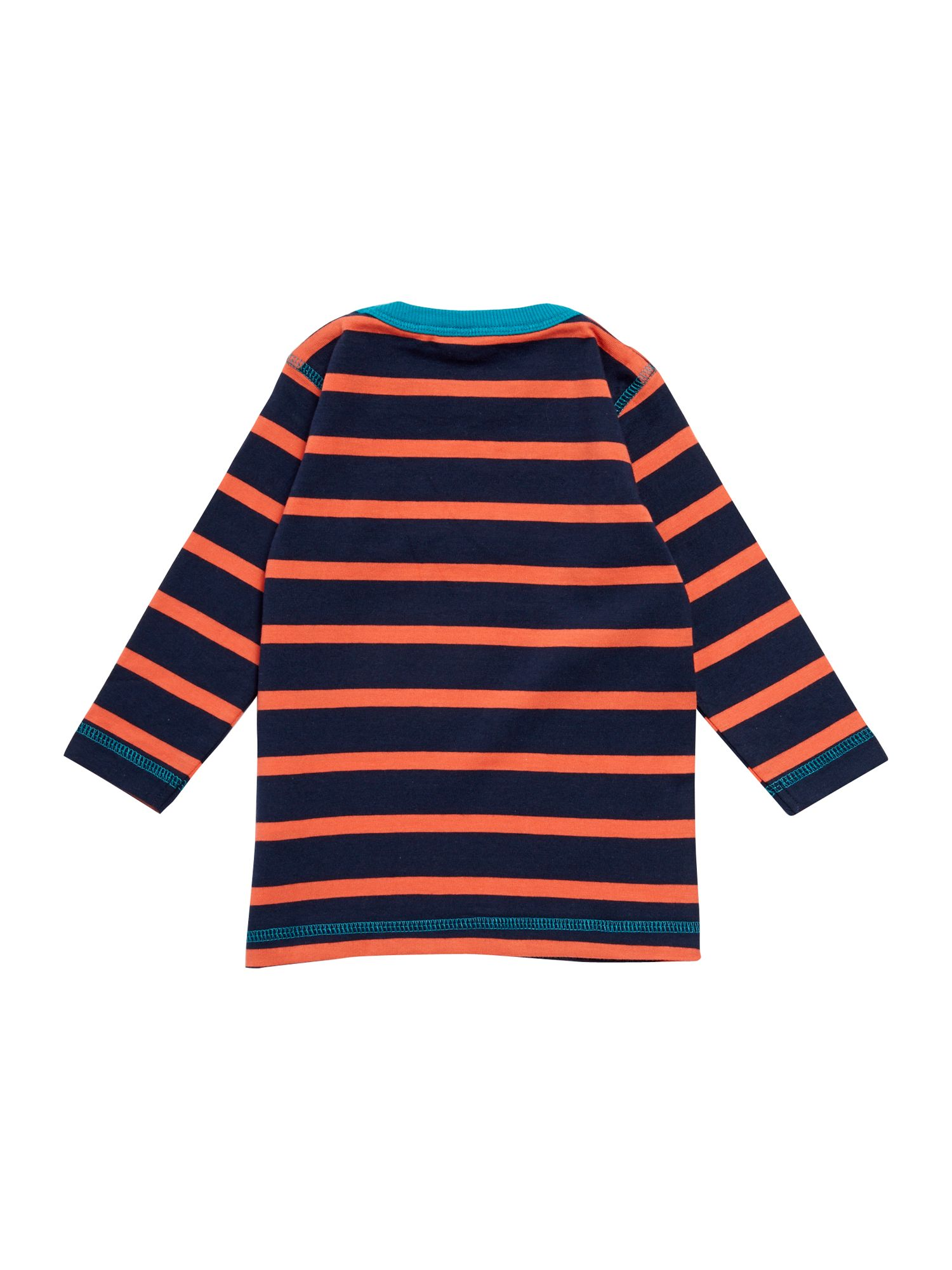 Boy`s contrast stripe t-shirt