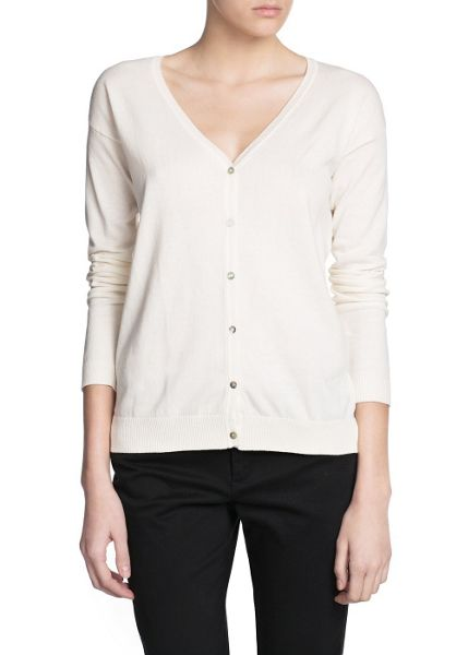 Mango Essentail v-neck cardigan
