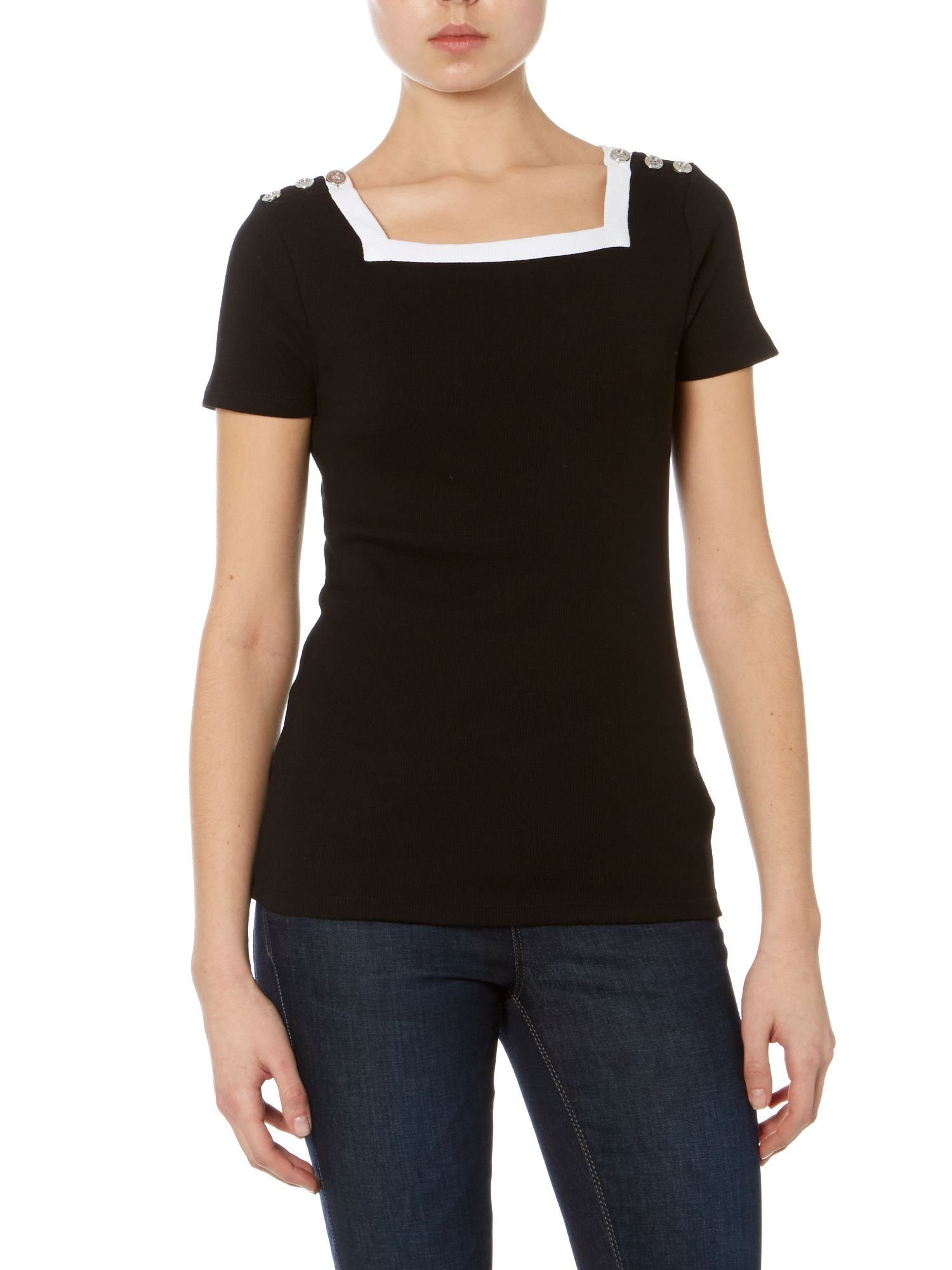 Button detail top with contrast neckline