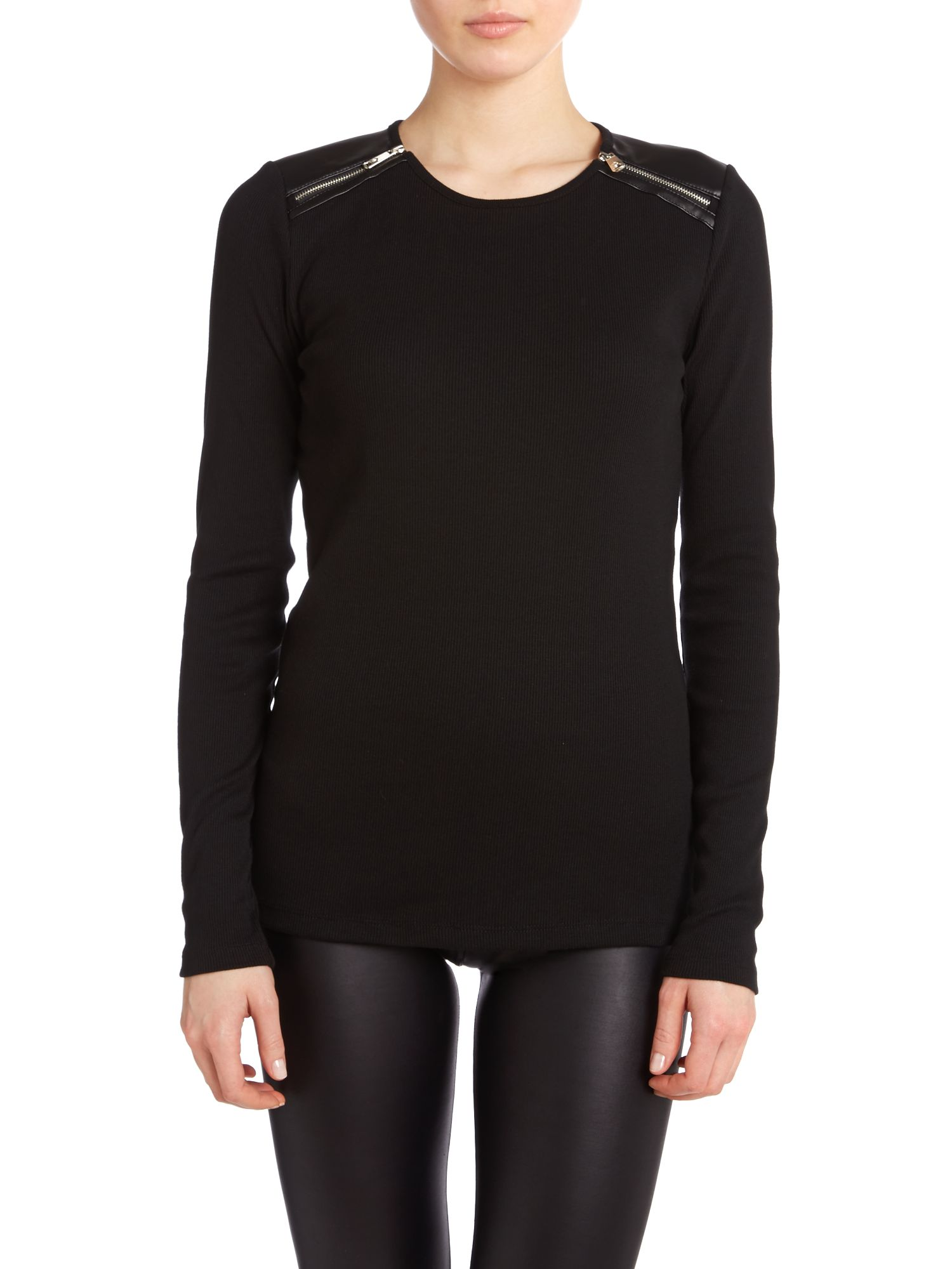 Long sleeved top with back zip