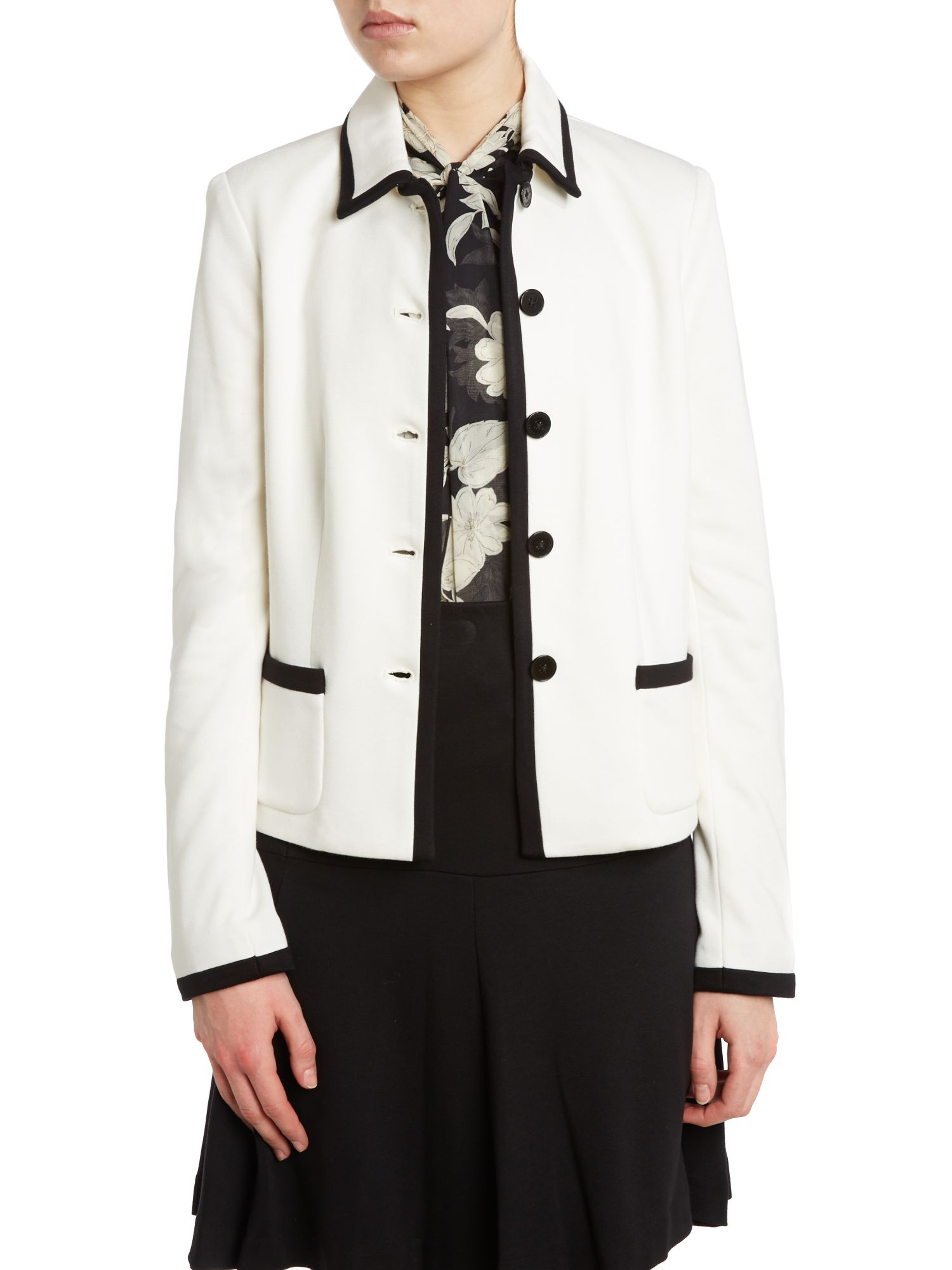 Long sleeved jacket with contrast trim