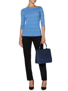 Essential dogtooth 3/4 sleeve twist cowl top