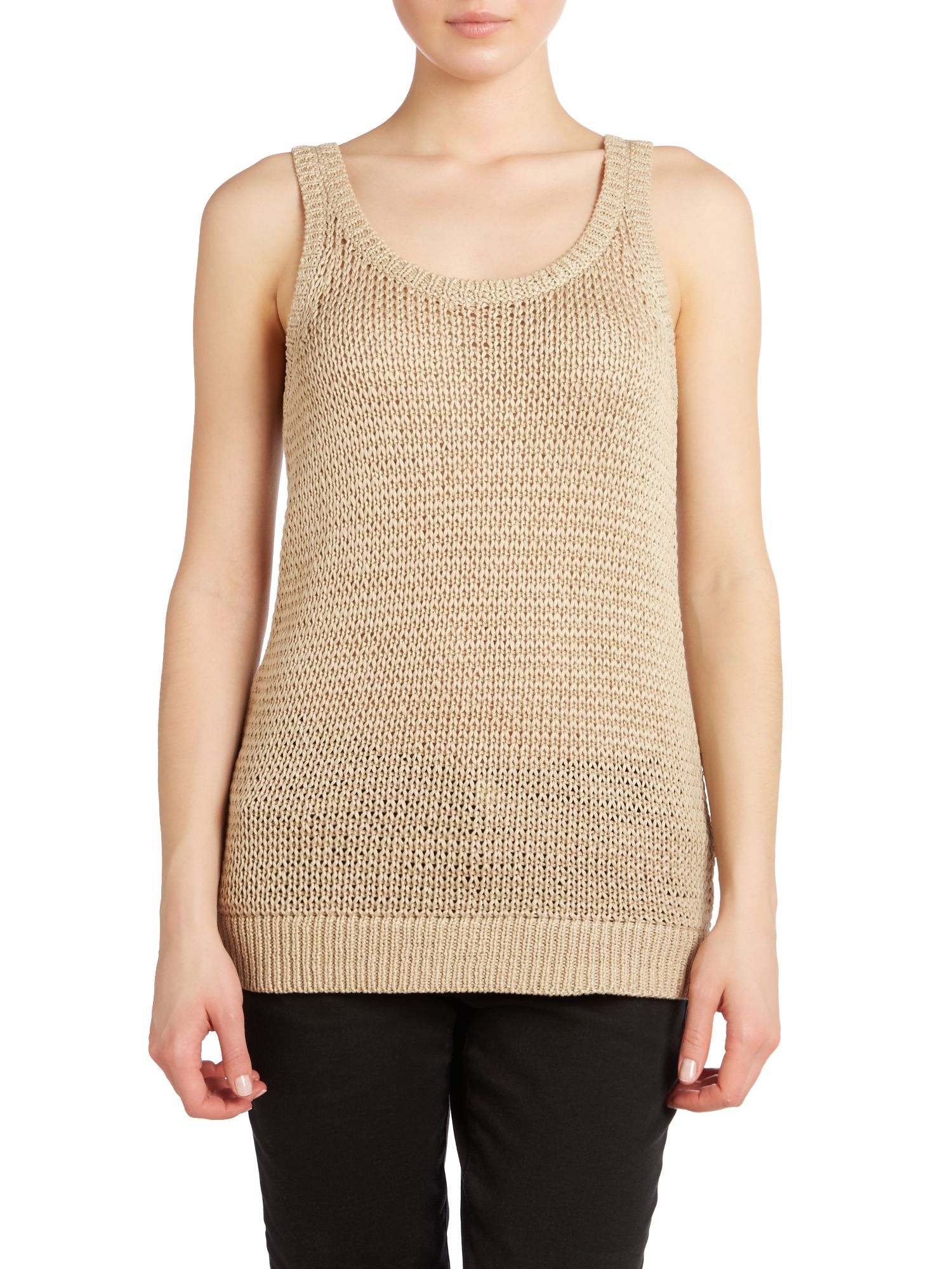 Sleeveless knitted tank top