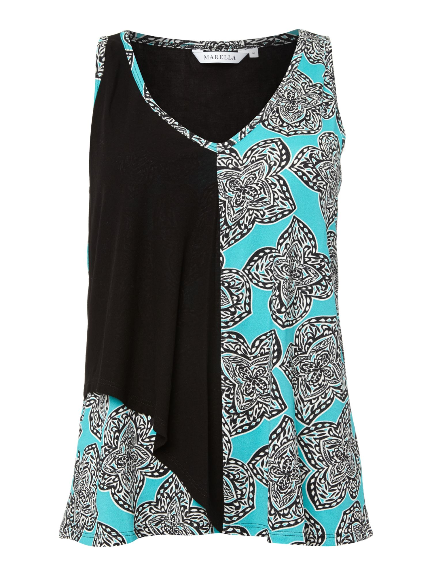 Tosca sleeveless v neck printed top