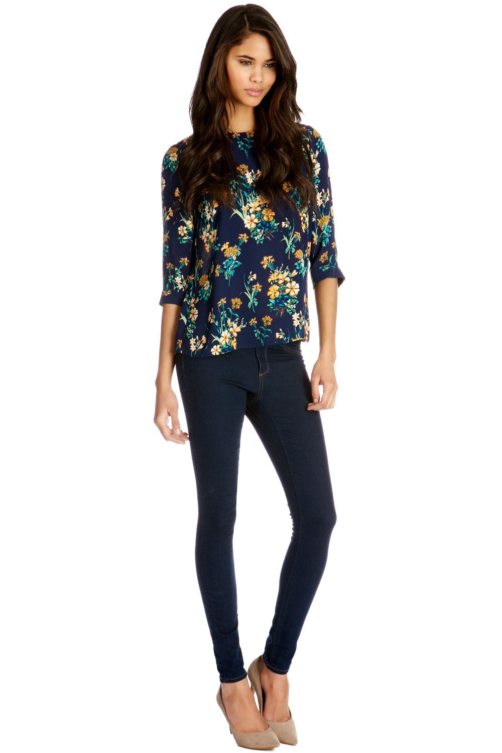 Floral tuck sleeve top