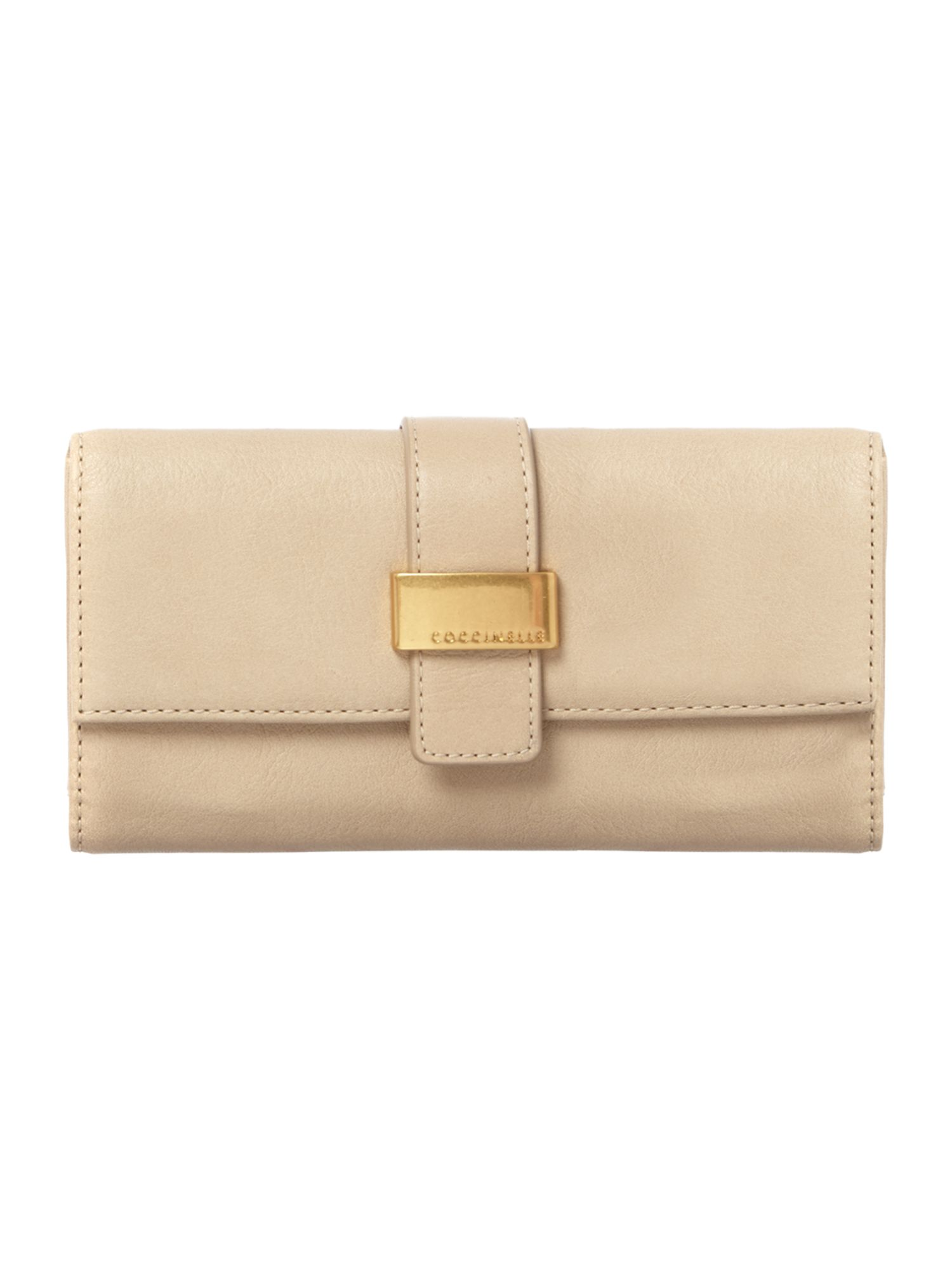 Neutral large flap over purse