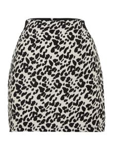 Leopard skirt with elastic waist