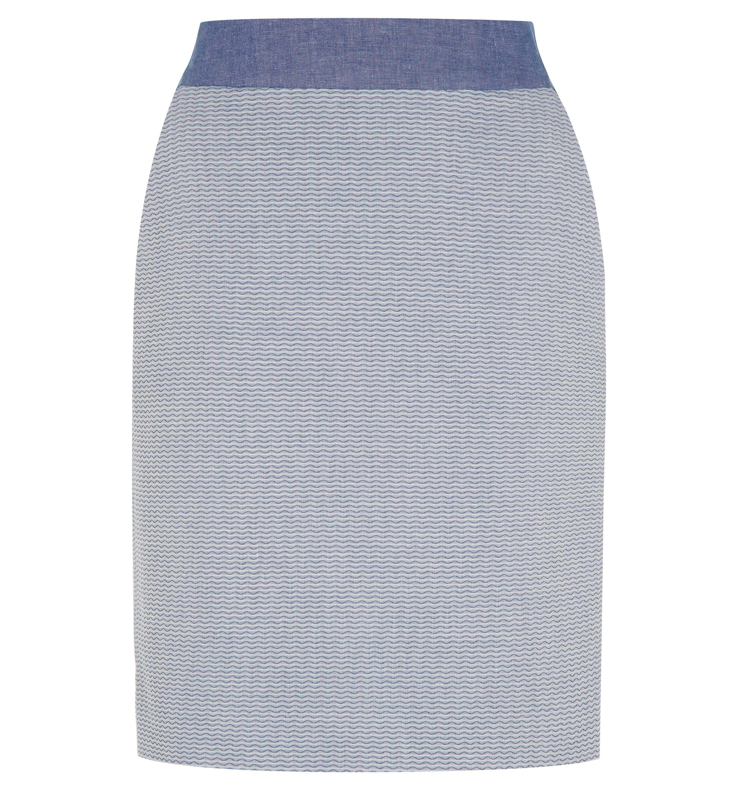 Matelasse fitted skirt