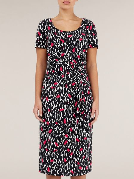 Precis Petite Short sleeved peony leaf print dress
