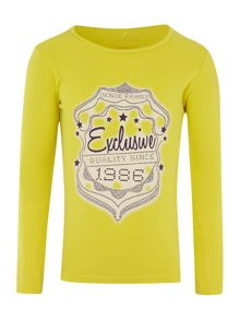 Girls exclusive graphic t-shirt