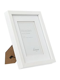White wood photo frame 4x6