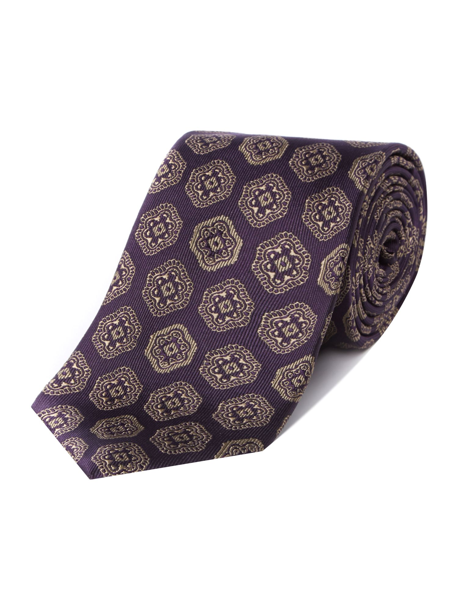 Large geometric regular tie
