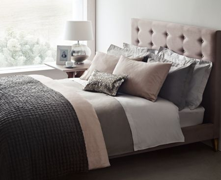 Casa Couture Ethereal cushion silver