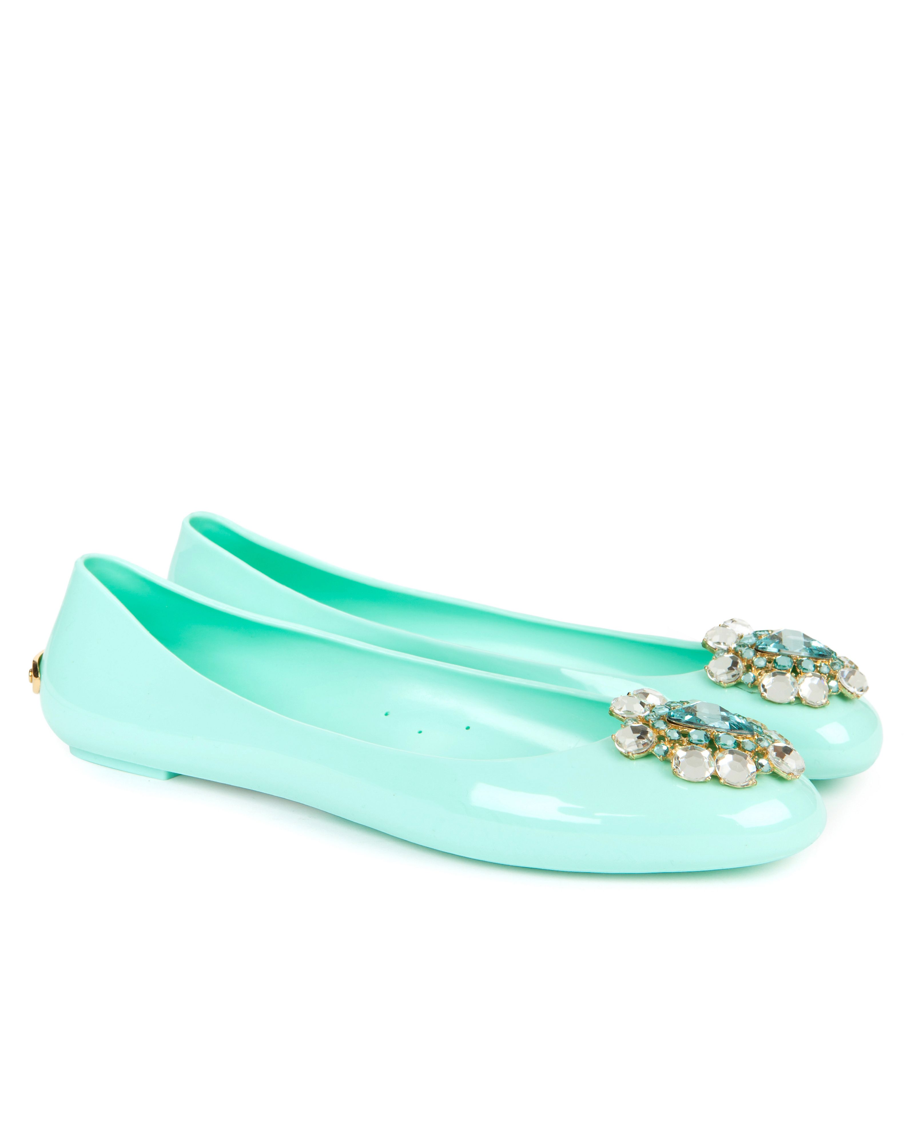 Jemme brooch pump
